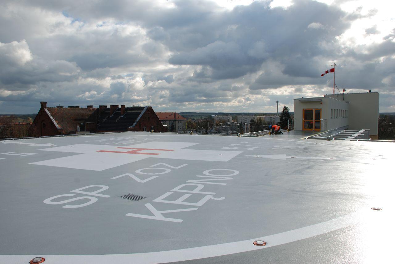 Budowa lądowiska dla śmigłowców ratowniczych na dachu Szpitala w Kępnie.