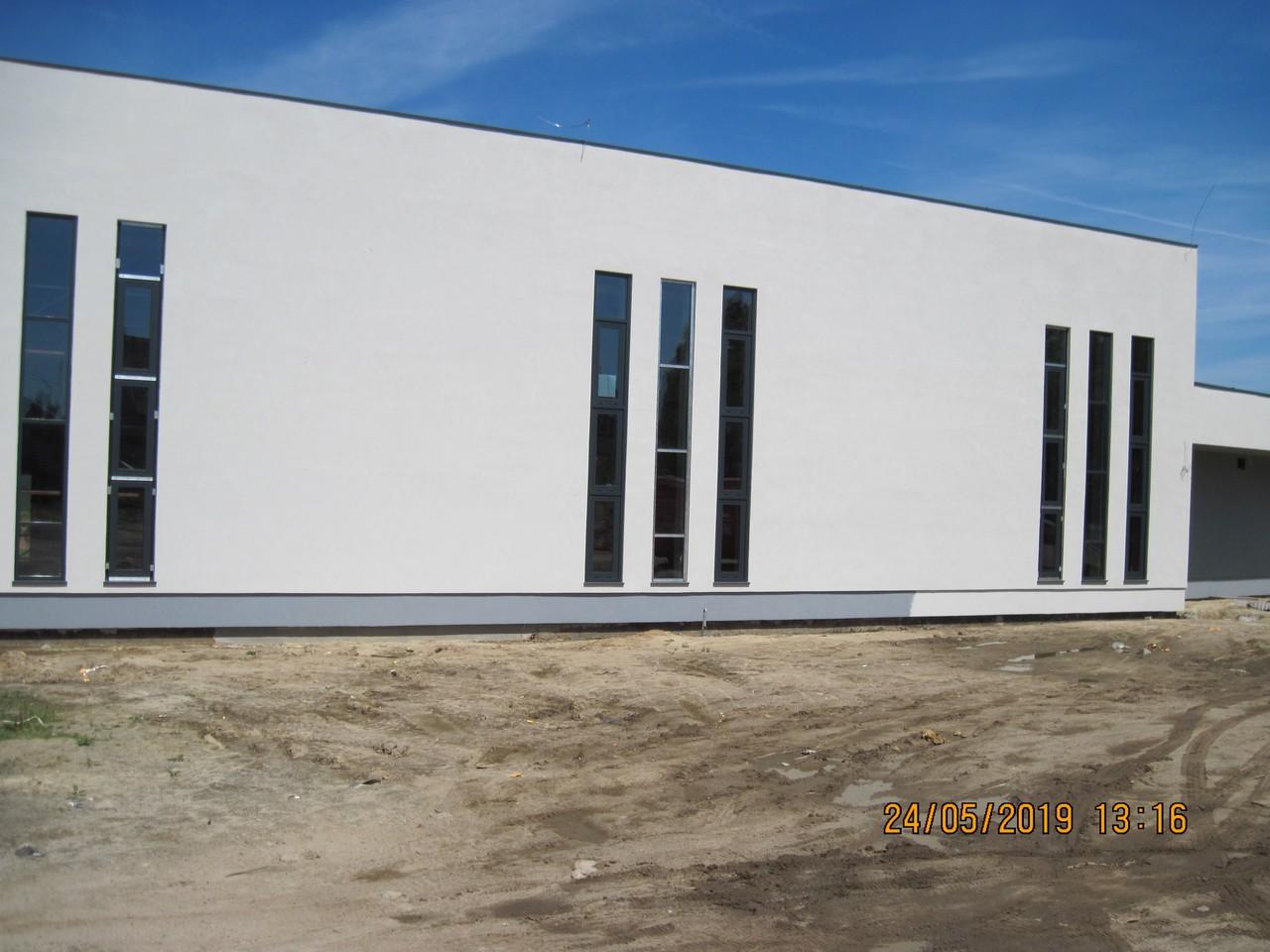 Budowa sali gimnastycznej w Krążkowach.
